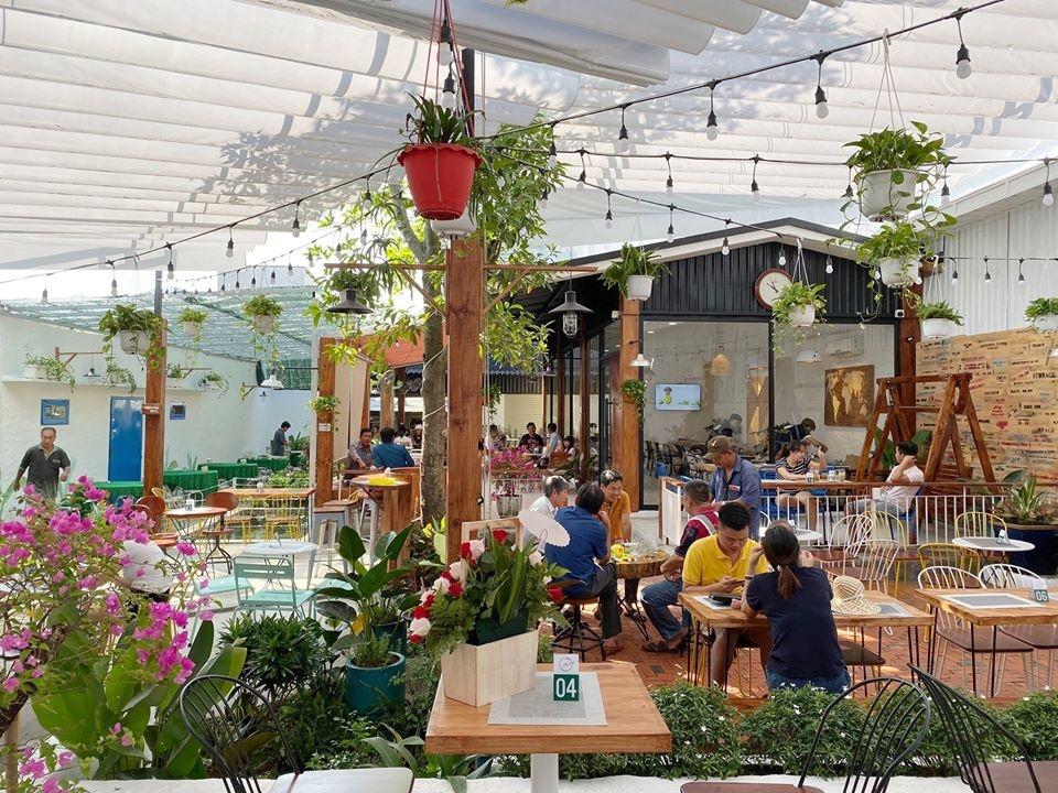 Quan Cafe Hn Garden Coffee Tai Binh Duong (12)