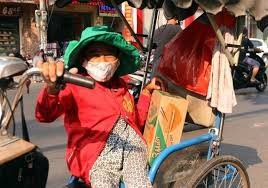 Binh Duong Ho Tro Nguoi Ban Ve So Ngheo Khuyet Tat
