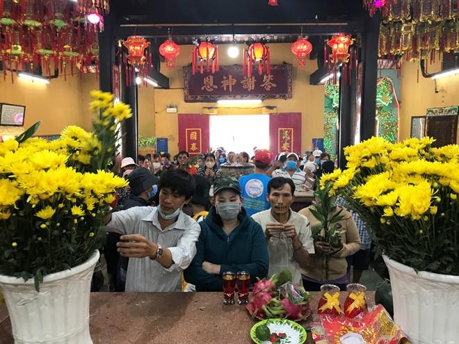 Le Hoi Chua Ba Binh Duong