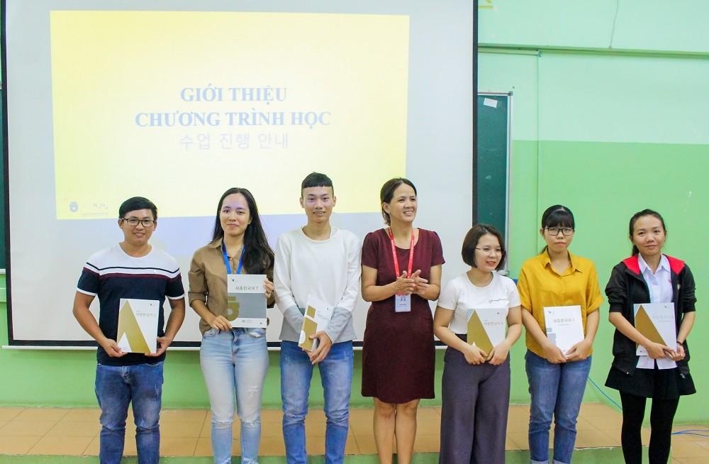 Trung tâm dạy tiếng Hàn chất lượng ở Bình Dương