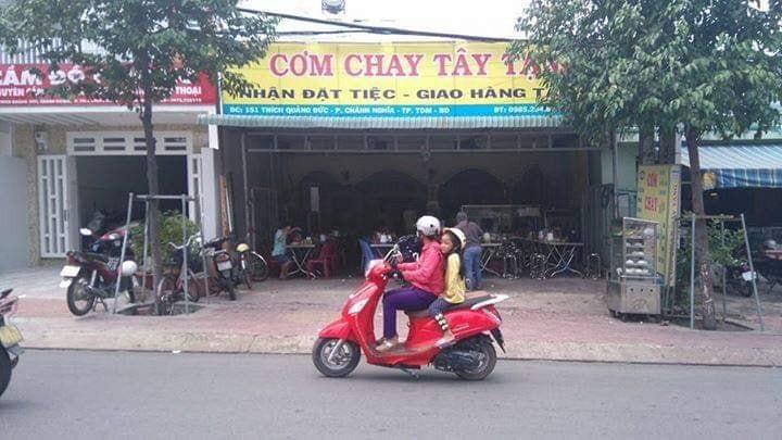 Quan Com Chay Tay Tang