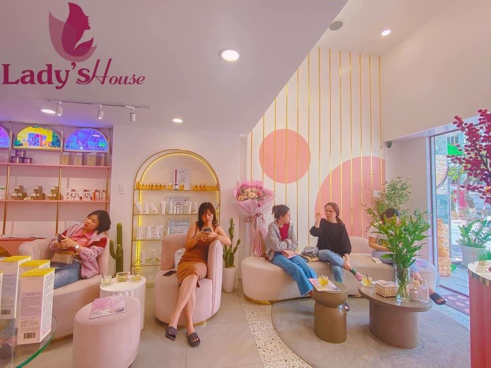Lady House Spa